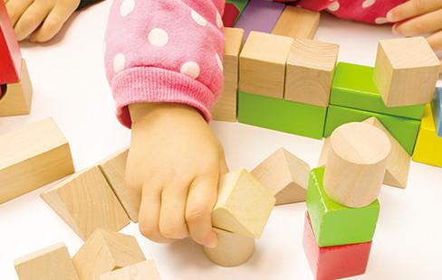 100%の専門職就職率の信愛短大幼児教育学科